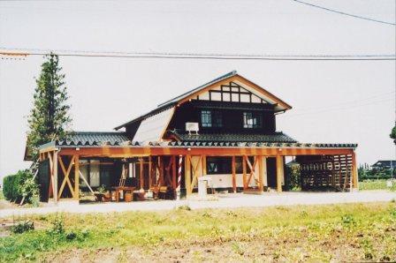 石丸の家~散居村の浜茶屋~