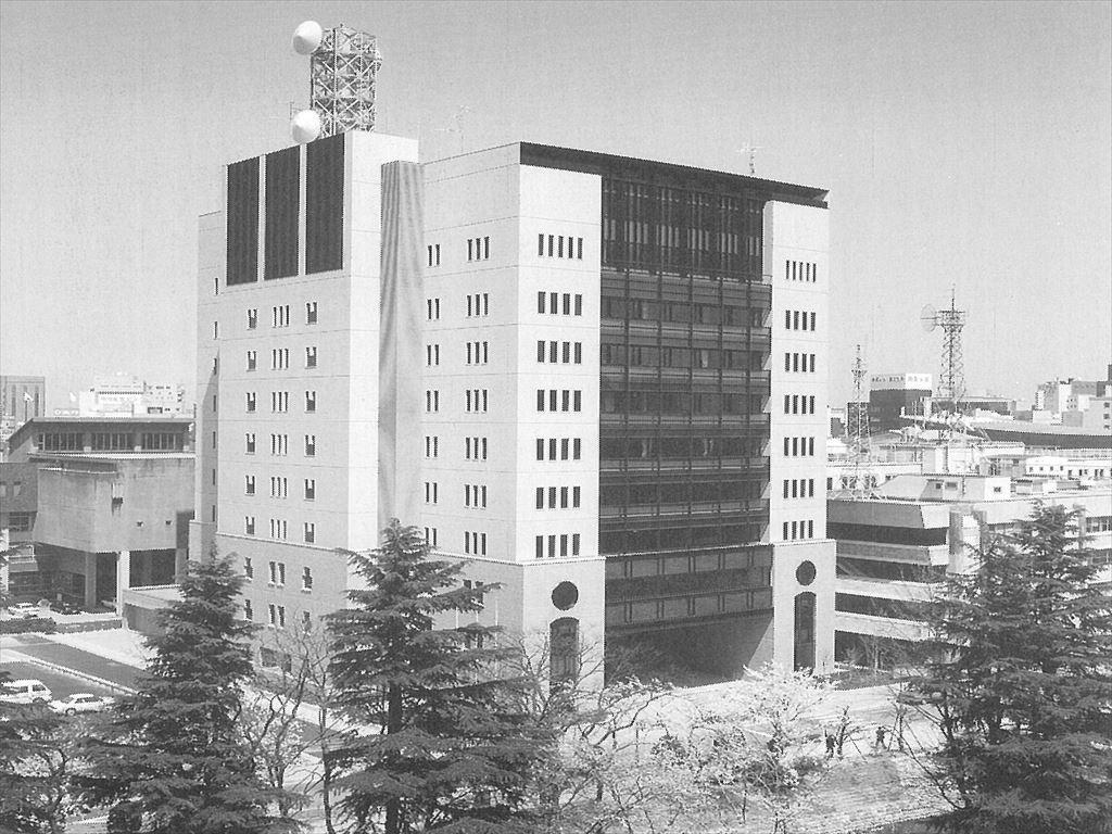 25-1富山県警察本部庁舎_R